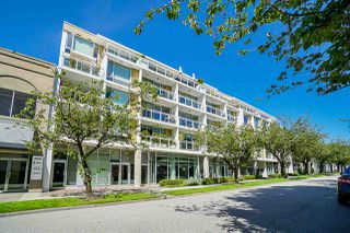 Photo 2: 412 1635 W 3RD AVENUE in Vancouver: False Creek Condo for sale (Vancouver West)  : MLS®# R2460525