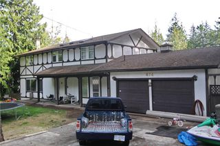 Photo 1: 874 Walfred Rd in Victoria: Residential for sale : MLS®# 283344