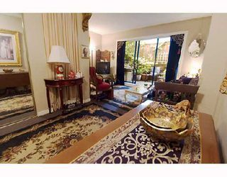 "Photo 2: 104 1655 NELSON Street in Vancouver: West End VW Condo for sale in ""HAMSTEAD MANOR"" (Vancouver West)  : MLS®# V656006"