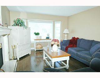 Photo 2: 20094 WANSTEAD Street in Maple_Ridge: Southwest Maple Ridge House for sale (Maple Ridge)  : MLS®# V682864