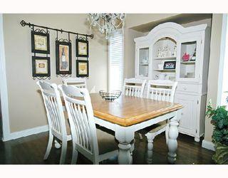 Photo 3: 20094 WANSTEAD Street in Maple_Ridge: Southwest Maple Ridge House for sale (Maple Ridge)  : MLS®# V682864
