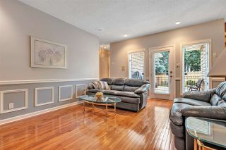 Photo 4: 112 WAYGOOD Road in Edmonton: Zone 22 House for sale : MLS®# E4165275