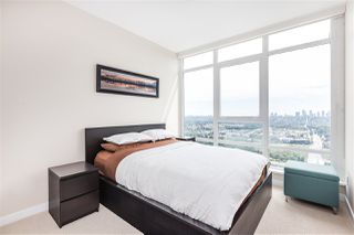 "Photo 12: 4301 4485 SKYLINE Drive in Burnaby: Brentwood Park Condo for sale in ""SOLO DISTRICT"" (Burnaby North)  : MLS®# R2390443"