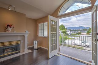Main Photo: 2988 SHILOH Place in Coquitlam: Meadow Brook House for sale : MLS®# R2403226