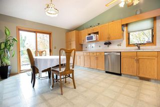 Photo 5: 64 Settlers Road in Winnipeg: River Pointe Residential for sale (2C)  : MLS®# 1929303