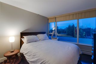 """Photo 10: 310 58 KEEFER Place in Vancouver: Downtown VW Condo for sale in """"Firenze"""" (Vancouver West)  : MLS®# R2420444"""