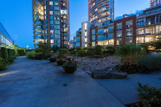 """Photo 15: 310 58 KEEFER Place in Vancouver: Downtown VW Condo for sale in """"Firenze"""" (Vancouver West)  : MLS®# R2420444"""
