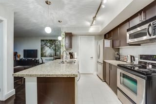 """Photo 2: 310 58 KEEFER Place in Vancouver: Downtown VW Condo for sale in """"Firenze"""" (Vancouver West)  : MLS®# R2420444"""