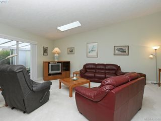 Photo 3: 92 2600 Ferguson Rd in SAANICHTON: CS Turgoose Row/Townhouse for sale (Central Saanich)  : MLS®# 833343