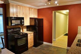 Photo 3: 105 10745 83 Avenue in Edmonton: Zone 15 Condo for sale : MLS®# E4189898