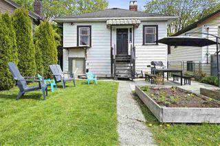 Photo 12: 725 SKEENA Street in Vancouver: Renfrew VE House for sale (Vancouver East)  : MLS®# R2474056