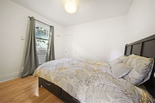 Photo 4: 725 SKEENA Street in Vancouver: Renfrew VE House for sale (Vancouver East)  : MLS®# R2474056