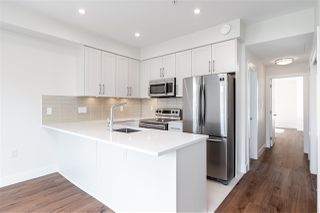 """Photo 10: 508 218 CARNARVON Street in New Westminster: Downtown NW Condo for sale in """"Irving Living"""" : MLS®# R2475825"""