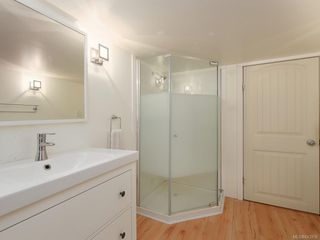 Photo 17: 1566 Yale St in Oak Bay: OB North Oak Bay Single Family Detached for sale : MLS®# 843936