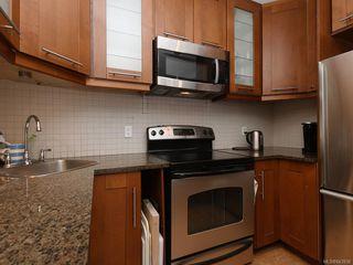 Photo 9: 1566 Yale St in Oak Bay: OB North Oak Bay Single Family Detached for sale : MLS®# 843936