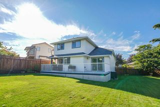 Photo 25: 8572 165A Street in Surrey: Fleetwood Tynehead House for sale : MLS®# R2479973