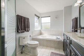Photo 16: 8572 165A Street in Surrey: Fleetwood Tynehead House for sale : MLS®# R2479973