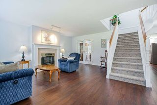 Photo 3: 8572 165A Street in Surrey: Fleetwood Tynehead House for sale : MLS®# R2479973