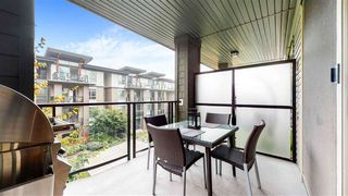 "Photo 18: 313 7418 BYRNEPARK Walk in Burnaby: South Slope Condo for sale in ""GREEN"" (Burnaby South)  : MLS®# R2501039"