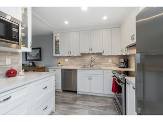 Photo 6: 404 1220 FIR STREET: White Rock Condo for sale (South Surrey White Rock)  : MLS®# R2493236