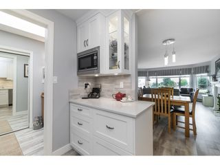 Photo 4: 404 1220 FIR STREET: White Rock Condo for sale (South Surrey White Rock)  : MLS®# R2493236