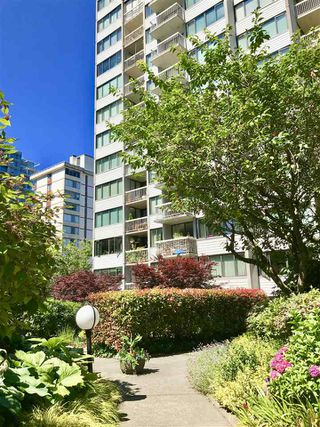 Photo 15: 802 1740 COMOX STREET in Vancouver: West End VW Condo for sale (Vancouver West)  : MLS®# R2481695