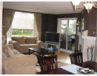 """Photo 2: 19121 FORD Street in Pitt Meadows: Central Meadows Condo for sale in """"EDGEFORD MANOR"""" : MLS®# V635143"""
