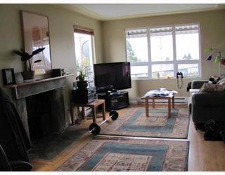 """Photo 4: 9241 10TH Avenue in Burnaby: The Crest House for sale in """"THE CREST"""" (Burnaby East)  : MLS®# V796431"""