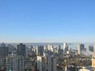 """Photo 2: 1288 W GEORGIA Street in Vancouver: West End VW Condo for sale in """"RESIDENCES ON GEORGIA"""" (Vancouver West)  : MLS®# V636679"""