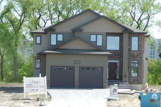 Photo 1: 203 McBeth GRV in Winnipeg: West Kildonan / Garden City Residential for sale (North West Winnipeg)  : MLS®# 1004659