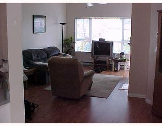 "Photo 3: 409 2960 PRINCESS Crescent in Coquitlam: Canyon Springs Condo for sale in ""THE JEFFERSON"" : MLS®# V653813"