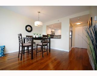 "Photo 21: 408 2201 PINE Street in Vancouver: Fairview VW Condo for sale in ""MERIDIAN COVE"" (Vancouver West)  : MLS®# V660401"