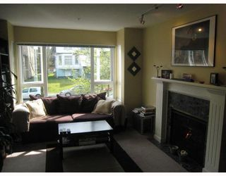 Photo 2: 209 937 W 14TH Avenue in Vancouver: Fairview VW Condo for sale (Vancouver West)  : MLS®# V700262
