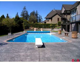 Photo 3: 14468 30A Avenue in White_Rock: Elgin Chantrell House for sale (South Surrey White Rock)  : MLS®# F2811703
