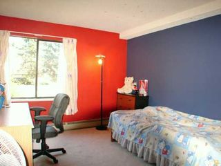 "Photo 5: # 124 - 8411 Ackroyd Road in Richmond: Brighouse Condo for sale in ""Lexington Square"" : MLS®# V603576"