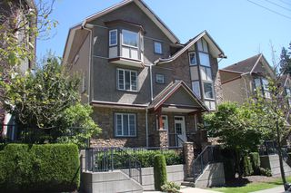 Photo 1: 8 35626 Mckee Road in Abbotsford: Abbotsford East Townhouse for sale : MLS®# R2391297