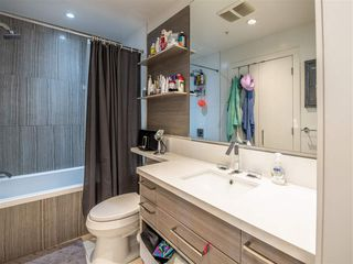 "Photo 17: 301 1628 W 4TH Avenue in Vancouver: False Creek Condo for sale in ""RADIUS"" (Vancouver West)  : MLS®# R2391036"