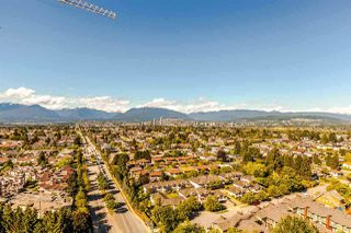 Photo 3: 2805 5515 BOUNDARY Road in Vancouver: Collingwood VE Condo for sale (Vancouver East)  : MLS®# R2399253
