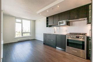 Photo 6: 2805 5515 BOUNDARY Road in Vancouver: Collingwood VE Condo for sale (Vancouver East)  : MLS®# R2399253