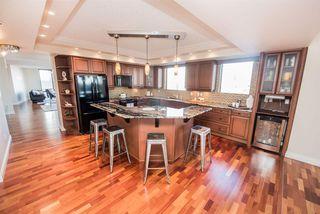 Photo 12: 904 10028 119 Street in Edmonton: Zone 12 Condo for sale : MLS®# E4176098
