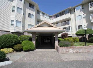 Photo 2: 110 8725 ELM Drive in Chilliwack: Chilliwack E Young-Yale Condo for sale : MLS®# R2417745