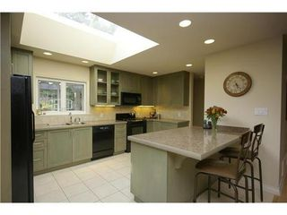Photo 3: 4227 LIONS Ave in North Vancouver: Home for sale : MLS®# V860049