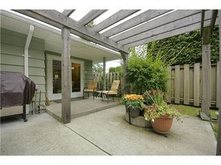 Photo 8: 4227 LIONS Ave in North Vancouver: Home for sale : MLS®# V860049