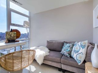 "Photo 5: 1101 638 BEACH Crescent in Vancouver: Yaletown Condo for sale in ""ICON"" (Vancouver West)  : MLS®# R2447929"