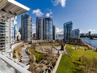"Photo 16: 1101 638 BEACH Crescent in Vancouver: Yaletown Condo for sale in ""ICON"" (Vancouver West)  : MLS®# R2447929"