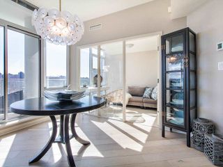 "Photo 4: 1101 638 BEACH Crescent in Vancouver: Yaletown Condo for sale in ""ICON"" (Vancouver West)  : MLS®# R2447929"