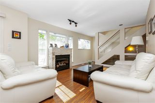 """Photo 3: 1 2382 PARKWAY Boulevard in Coquitlam: Westwood Plateau Townhouse for sale in """"CHATEAU RIDGE"""" : MLS®# R2457643"""