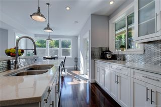 Photo 9: 2348 Nicklaus Dr in : La Bear Mountain House for sale (Langford)  : MLS®# 850308