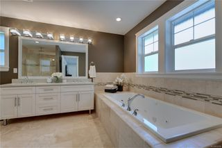 Photo 14: 2348 Nicklaus Dr in : La Bear Mountain House for sale (Langford)  : MLS®# 850308
