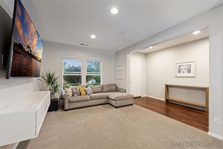 Photo 10: VISTA House for sale : 4 bedrooms : 122 Calle Quinn